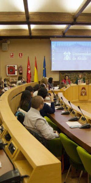 La sala de conferencias internacionales del rectorado de la Universidad de Alcalá donde se celebra el seminario sobre las mujeres del siglo oro.